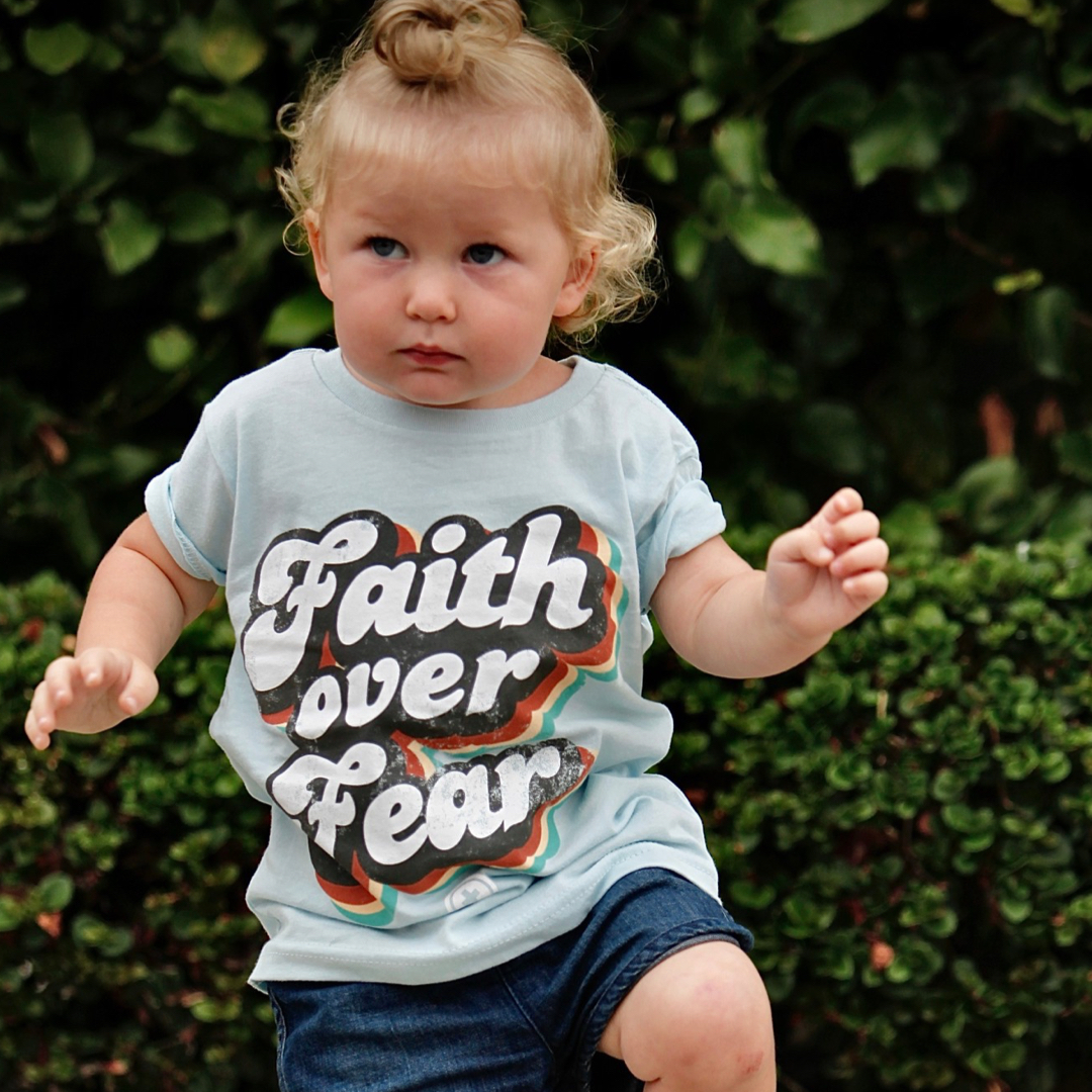 FAITH OVER FEAR TODDLER TEE IN LIGHT BLUE
